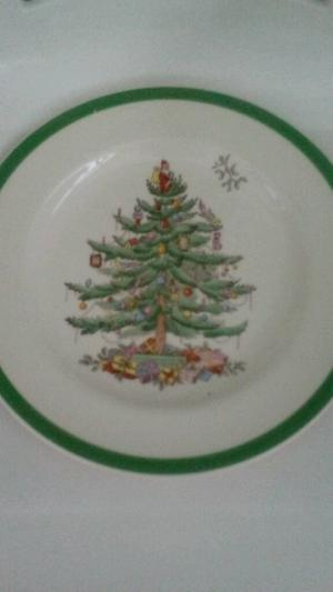 "Vintage Copeland Spode ""Christmas Tree"" dinner plate, from around ."