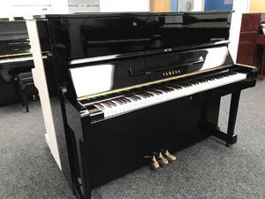Yamaha U1 Upright Piano Black Fully Reconditoned Warranty & Stool