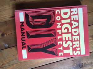 Reader's Digest complete DIY MANUAL re Published