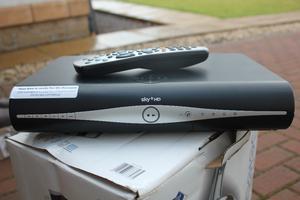 Sky hd box with remote x2