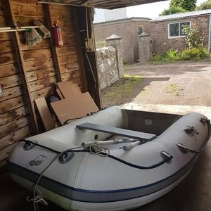 Inflatable boat. Quicksilver 240.