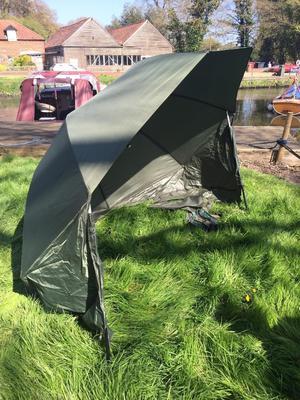 Fishing Bivvie brolly umbrella Nash Oval Plus