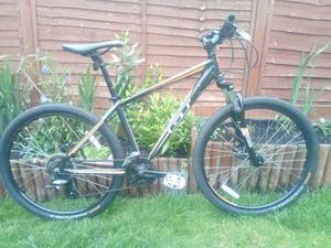 Superb Gt Aggressor mountain bike