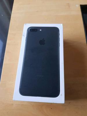 Apple iPhone 7plus unlocked 32gb in Matt black boxed excellent condition