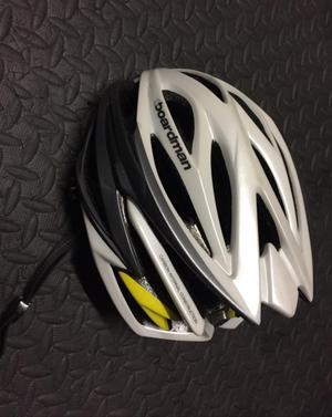 Boardman cycling Helmet