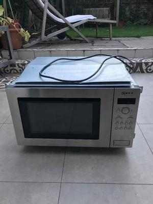 For sale: Neff built-in microwave (Nef H56W20N3GB), used but in good condition. Pick up in E3