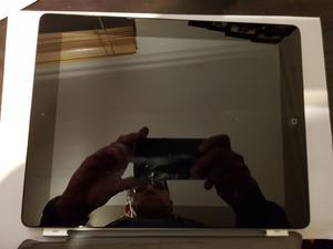 "Apple iPad 3rd Gen 32GB WiFi 9.7"" Black Silver RETINA"