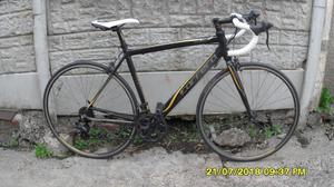 CARRERA ZELOS 14 SPEED RACING BIKE LIGHTWEIGHT (MED) 52cm ALLOY FRAME CLEAN BIKE RECENT SERVICE