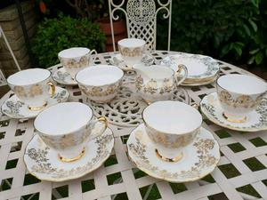 English Bone china Tea set immaculate condition