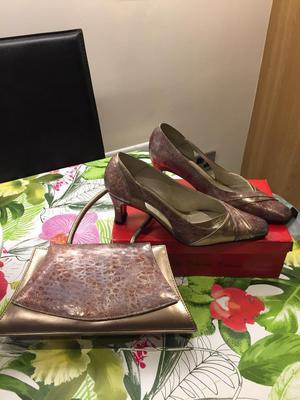 Ladies Shoes & Matching Handbag - PRICE IS FOR BOTH