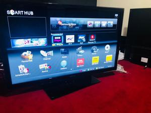 40 Inches SAMSUNG SMART TV WITH REMOTE IN PERFECT WORKING CONDITION