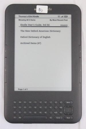 Amazon Kindle Keyboard (3rd Generation) 4GB Wi-Fi 6""