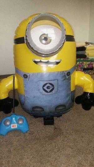 Remote control minion. Used but in good condition. No box included but comes with remote.