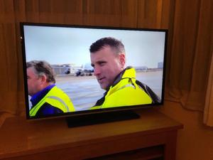 """Jvc 40"""" full hd smart led WiFi tv. Excellent condition,perfect working £200 NO OFFERS. CAN DELIVER"""