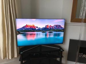 """Samsung 49"""" QLED 4K ultra Hd smart HDR tv.recipt with5+year warranty.Cost £ less then a year ago"""