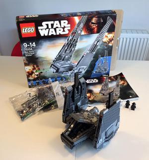 Star Wars Lego Kylo Ren's Command Shuttle