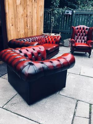 Chesterfield / 3 pieces / can deliver