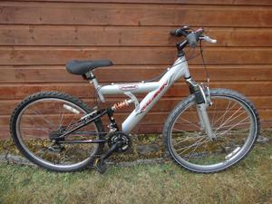 Raleigh Max cromoly Bike 26 inch wheels 15 gears 18 inch frame full suspension working order