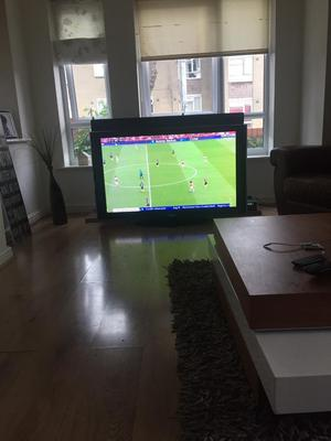 50 inch Samsung TV with built in freeview excellent condition with remote control