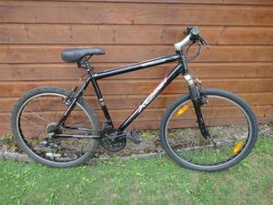 Apollo XC 26 S bike, 26 inch wheels, 21 gears, 20 inch lightweight aluminium frame, front suspension