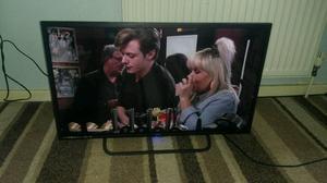 Technika 32 inch screen full hd led free view look smart TV £ 90