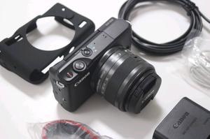 Canon M10 camera EF-M mm STM lens
