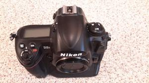 Nikon d3s camera excellent condition.low shutter count for this camera sold with accessories.