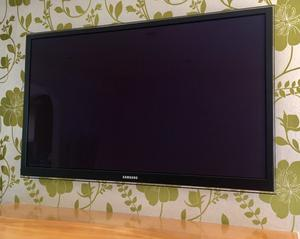 "Samsung 51"" Plasma TV PS51D Excellent condition"
