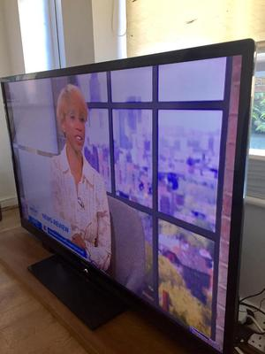 60inch Tv full HD with built in freeview, this Tv will Wow you for sure plus Samsung Blu-ray playe