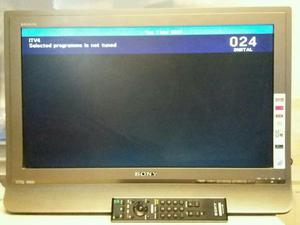 Sony 23 inch LCD TV with built-in Freeview complete with remote