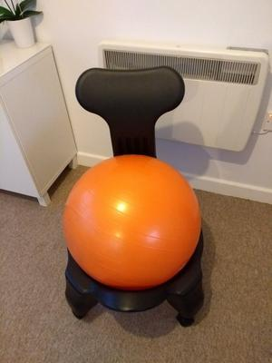 Ergonomic exercise ball chair with extra rise castors