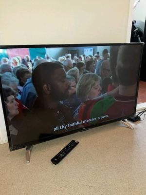 43 inch 4k bush led smart tv bargain like new
