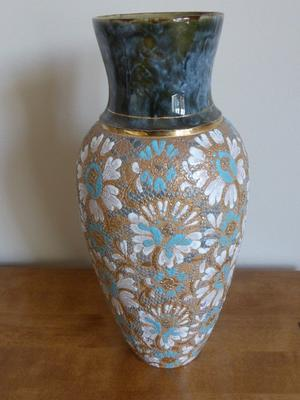 A LARGE ROYAL DOULTON BLUE AND GOLD COLOUR SLATERS VASE