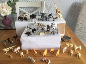 Large lot of Vintage Zoo Animals
