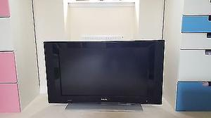 "42"" Philips 42PFD/10 LCD TV, 2 HDMI ports and Freeview. full working condition with remote"