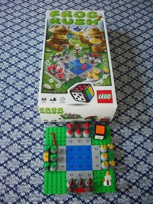 Lego Frog Rush, Game of Leapfrog and Tactics for 2-4 Players, Age 7+, LIKE NEW
