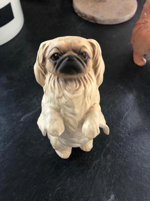 Royal Doulton Pekingese dog vintage figurine