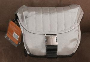 NEW CAMERA CASE FOR (WILL FIT NIKON, CANON & OTHER SLR CAMERA)