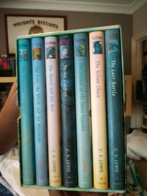 The chronicles of Narnia box set hardback books as new great condition