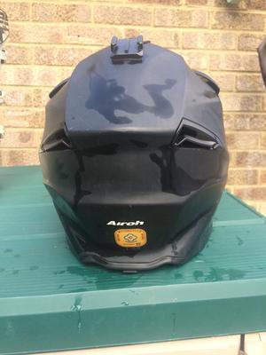 Airoh aviator moto x helmet size large