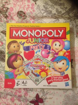 Monopoly Junior Party Board Game. 2-4 Players. Hasbro . Complete & VGC.