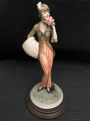 Vittorio Tessaro Figurine 's Lady with a Small Dog