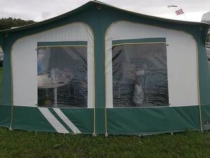 Comanche montana trailer tent with awning and | Posot Class