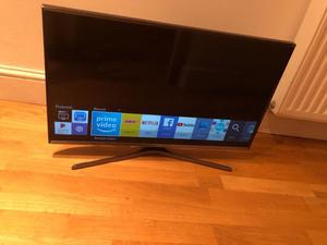 "Samsung 32"" Full hd smart led tv. Excellent condition.fully working. £190 NO OFFERS. CAN DELIVER"