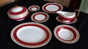 Wedgewood Whitehall 39 piece dinner service
