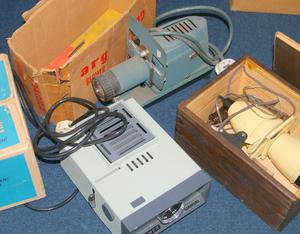 3x Vintage Slide projectors - All light up and seem to be working - Hanimex, Argus and Knome