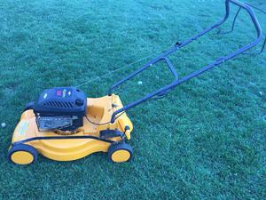 Partner 471 Lawn Mower