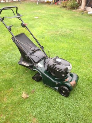 Petrol lawn mower hayter harrier