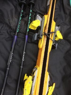 197cm Salomon skis and racing binding with Salamin bag and Kerma ski poles