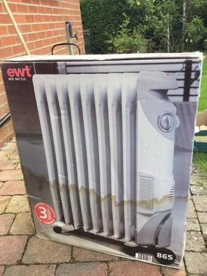 Portable oil filled radiator - brand new in box